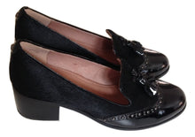 Load image into Gallery viewer, Moda Pelle Black Patent Leather/ponyskin Loafers Size 38