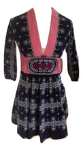Load image into Gallery viewer, Odd Molly dress in navy/white pattern size 1 (10)
