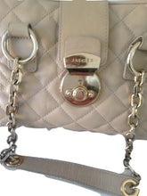Load image into Gallery viewer, Jaeger beige quilted bag