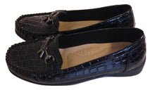 Load image into Gallery viewer, Carvella Patent Loafers Size 38