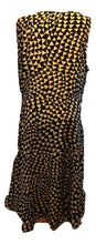 Load image into Gallery viewer, Fenn Wright Manson Dress Size 18