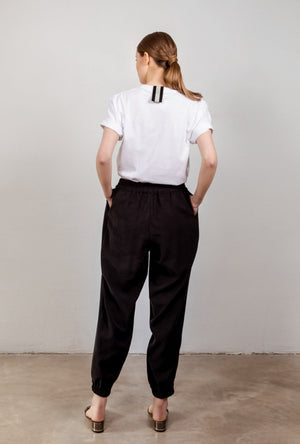 Drawstring trousers in black