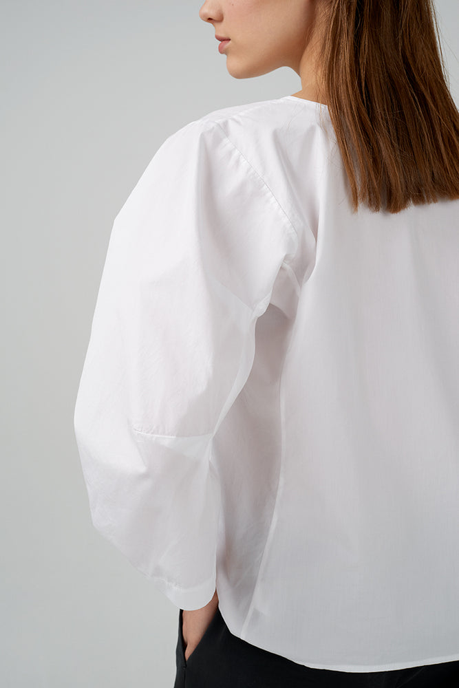 Cotton poplin blouse in  white