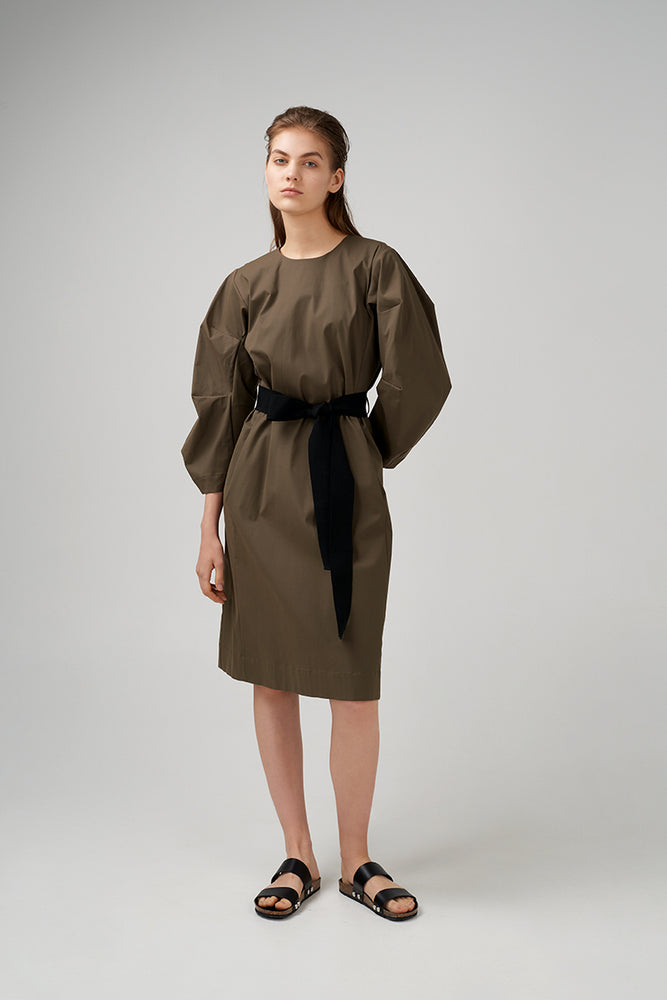 Mid length volume sleeve dress in khaki