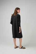 Long kimono sleeve viscose fabric dress in black