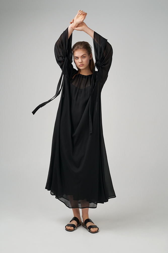 Light viscose fabric dress in black