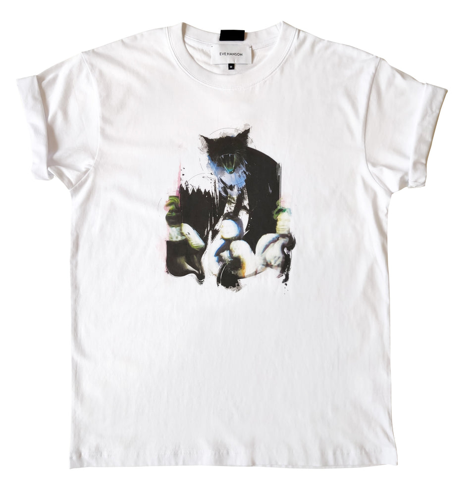White cotton jersey t-shirt with yawning cat