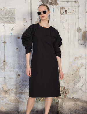 Mid-length gathered sleeve cotton poplin dress in black