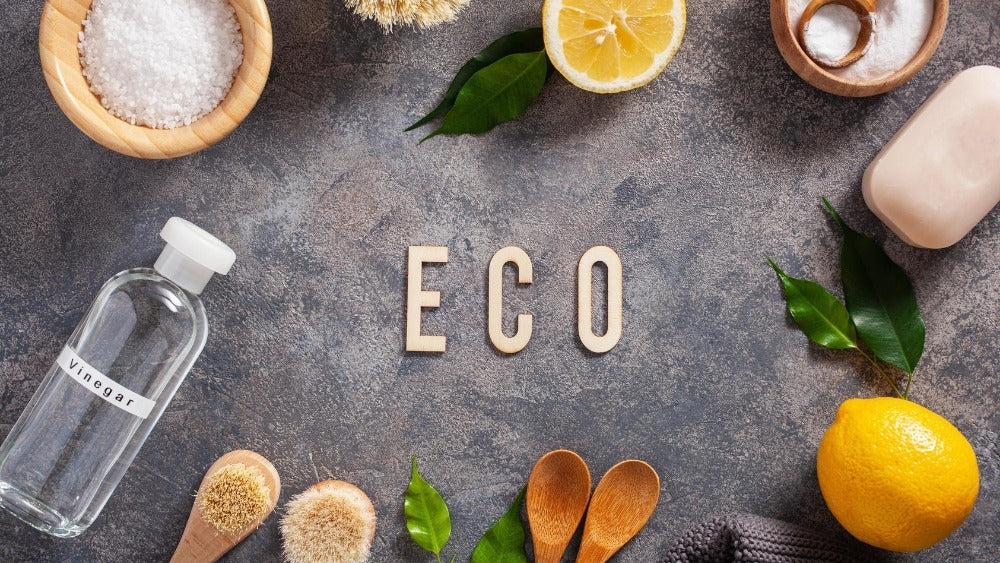 Eco sing and cleaning tools on a table