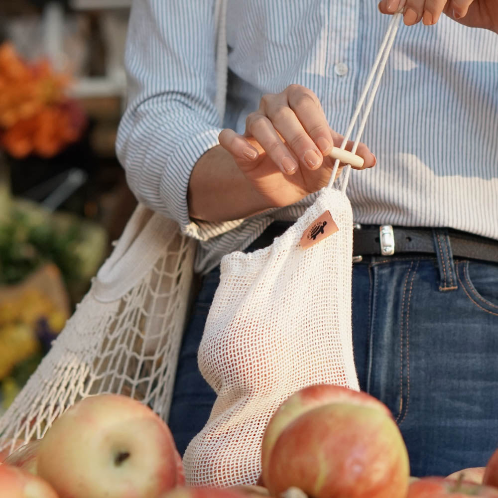 cotton produce mesh bags lifestyle - apples