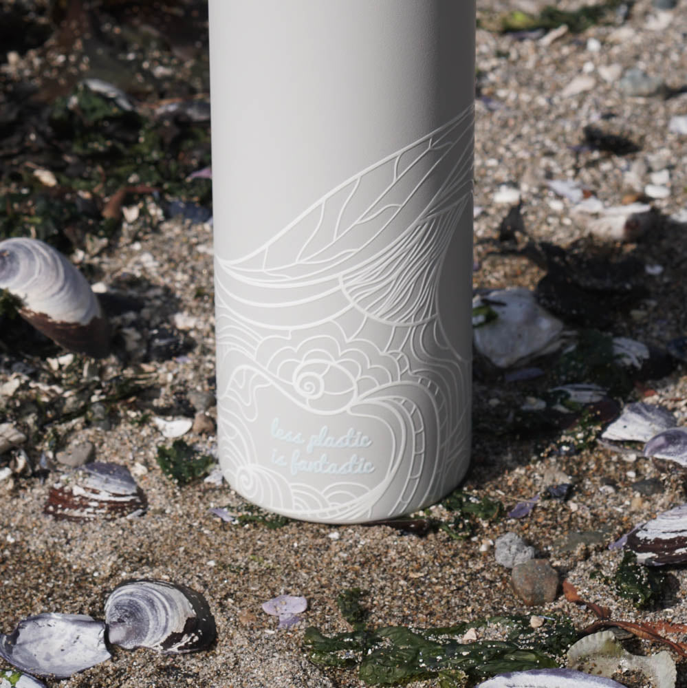 water bottle lifestyle - grey waves bottom
