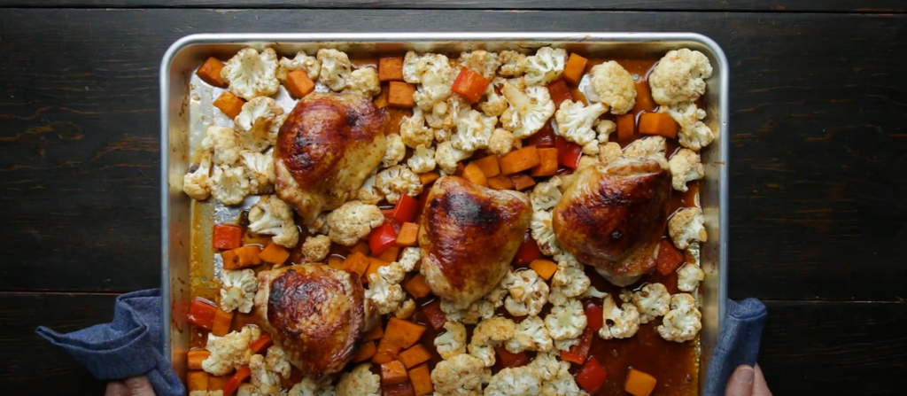 Monday Munchies: Maple Sriracha Sheet-Pan Chicken