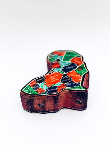 Jewellery box with inscriptions of all African countries