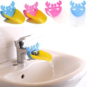 Crab shaped water tap extender