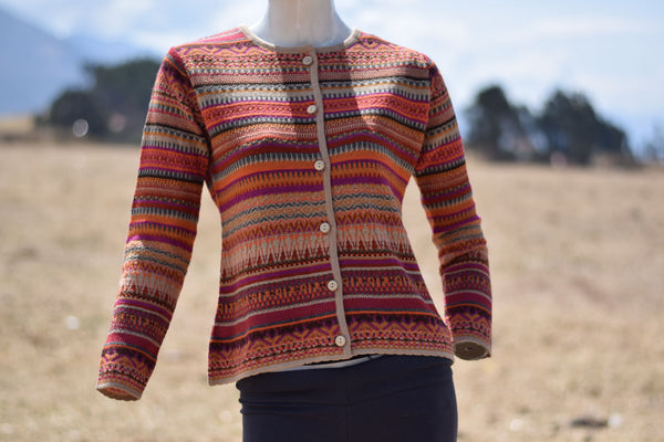 Women's open sweater with buttons