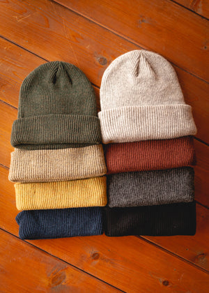 Shop Beanie Merino Wool - Light Grey