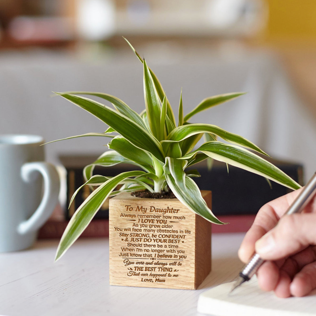 Mum To Daughter - Just Do Your Best - Engraved Plant Pot