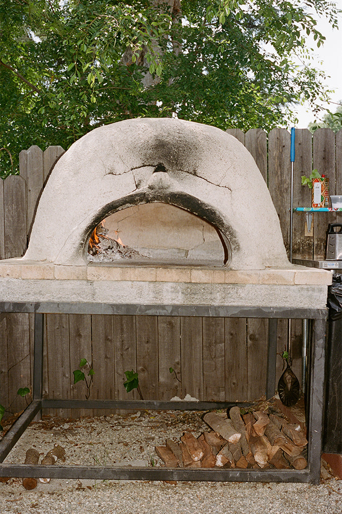 Kevin Hockin's stone pizza oven