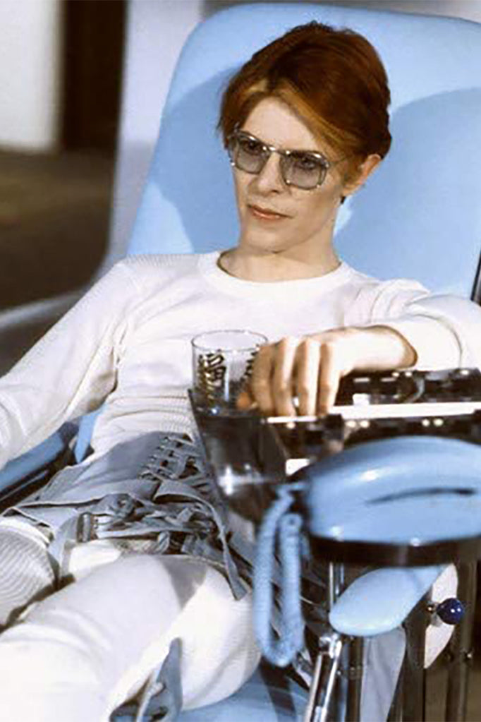 David Bowie wearing eyeglasses in The Man Who Fell to Earth
