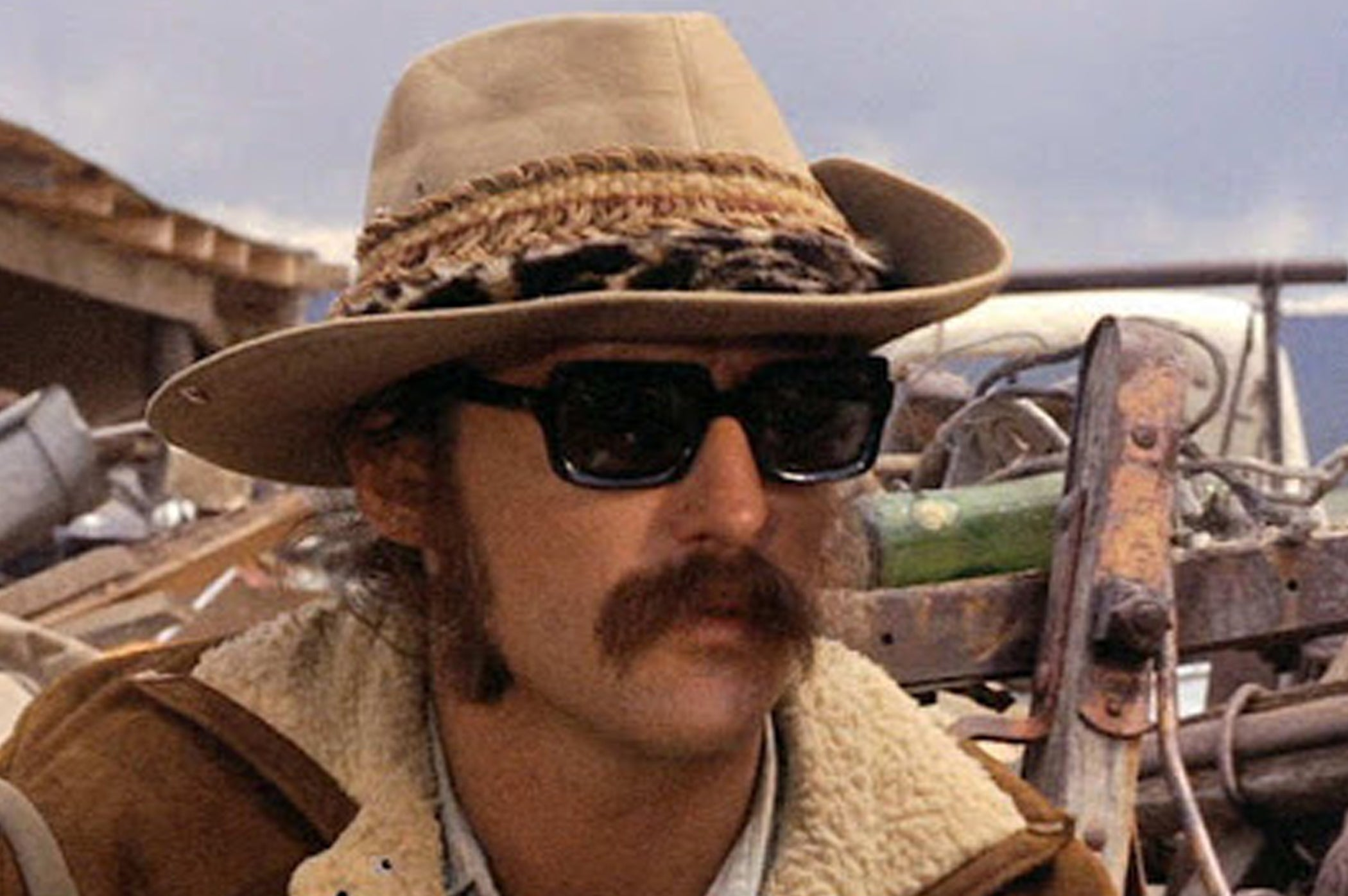 Dennis Hopper as Billy