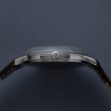 Load image into Gallery viewer, 1960s Longines Cal.19.4