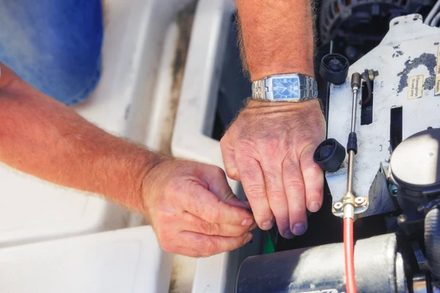 How to maintain your boat