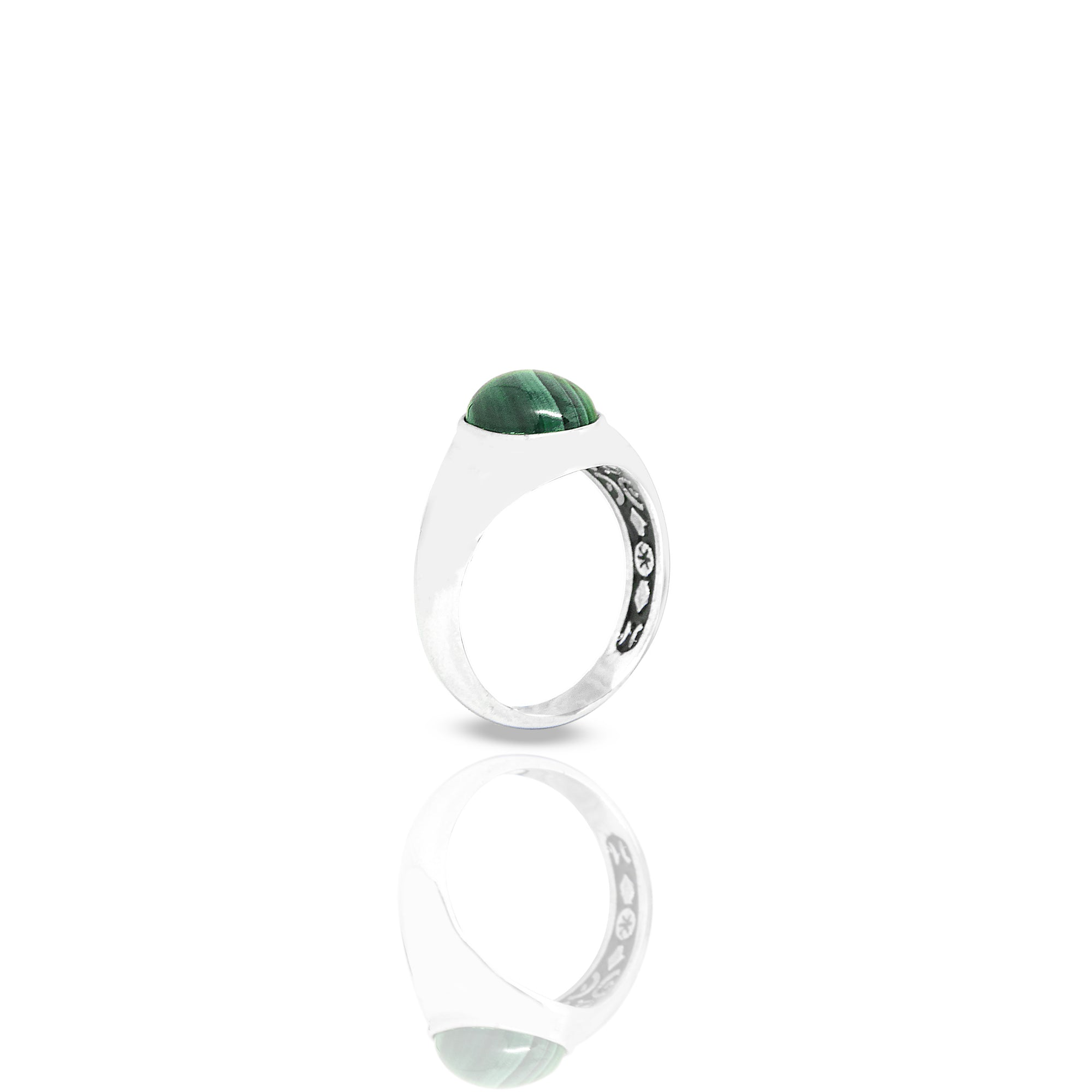 Inner Signet Ring With Oval Malachite