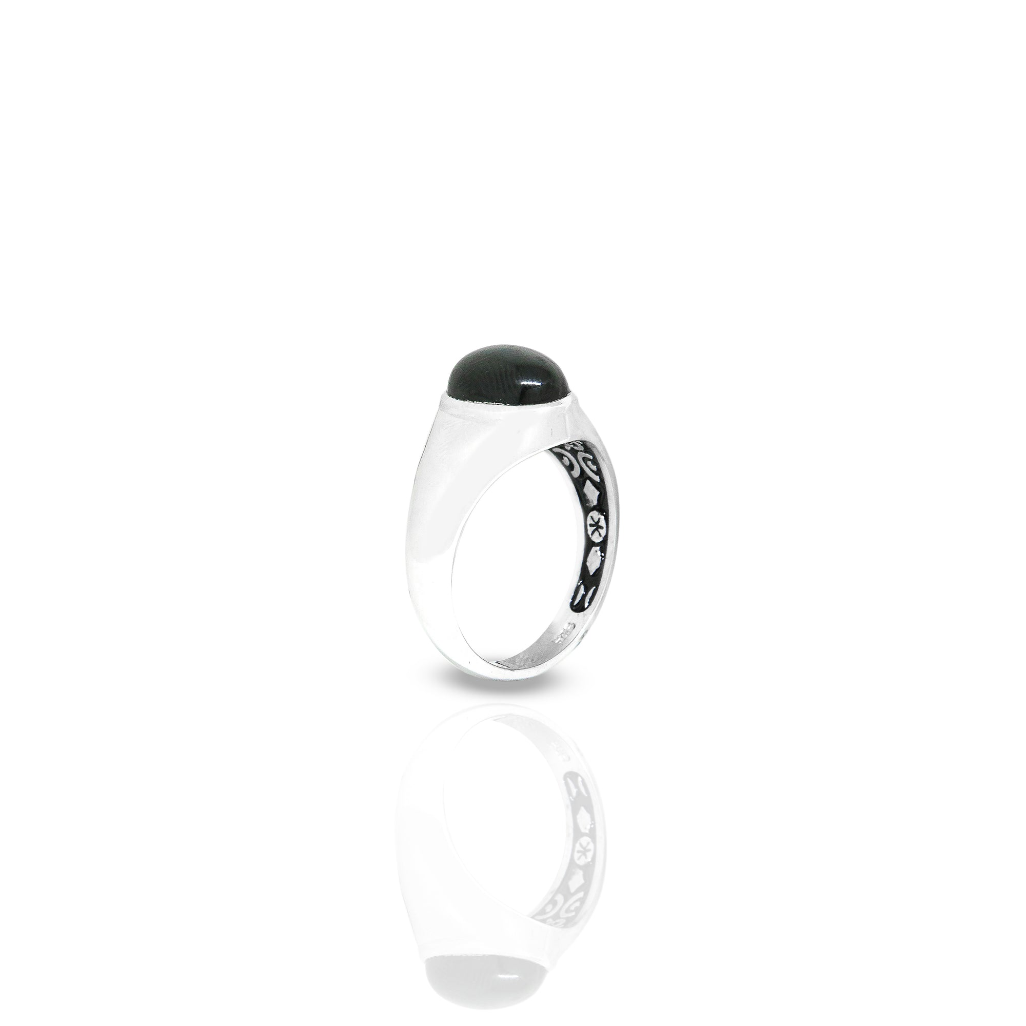 Inner Signet Ring With Oval Onyx