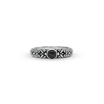 Outer Band Ring With Round Onyx 4 mm