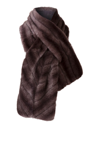 A Packshot Of Marei1998's Sage Faux Fur Stole In Deep Purple Color. Ideal For The Cold Season, It Is Made From The Fluffiest Faux Fur, Which Feels So Warm And Cozy. Fully Lined, It Features A Wide Silhouette In A Gorgeous Purple Hue. Front View.