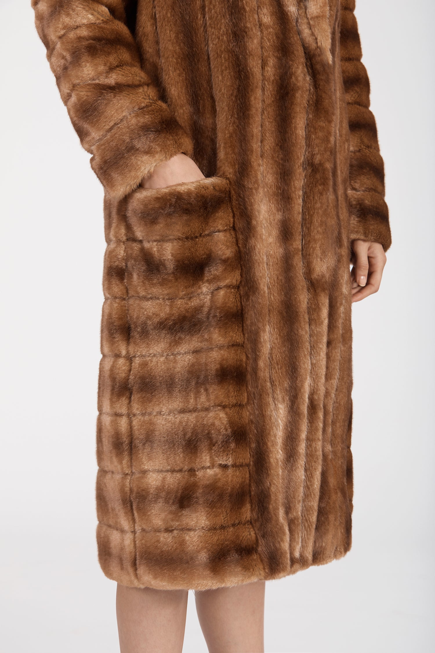 Marei1998's Timeless Echinacea Long Faux Fur Coat In Classic Brown Color. Featuring Oversized Silhouette And Wide Shawl Neckline. Investment Piece / Winter Essential. As Worn By The Model. Close Up View, Showing The Details. Resort 2020 Collection - Furless Friendship.