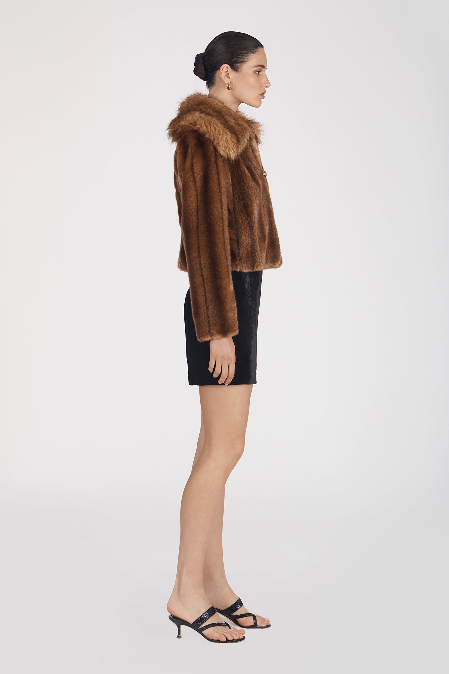Marei1998's Oleander Faux Fur Short Jacket In Classic Brown Color. Featuring Wide Collar And Unique Front Buttons Made By An Italian Jewel Artisan. As Worn By The Model. Front View. Resort 2020 Collection - Furless Friendship.