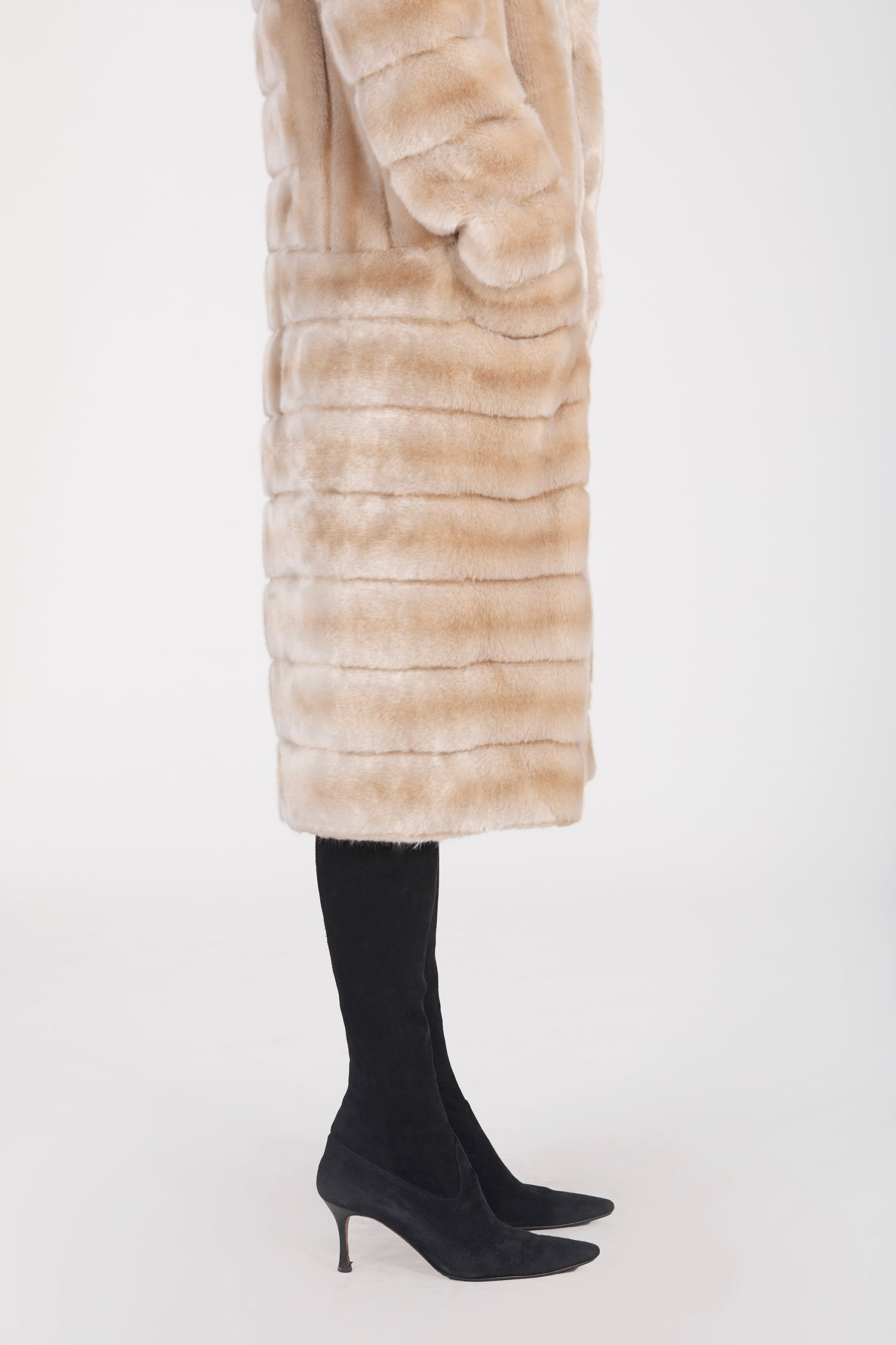 Marei1998's Timeless Echinacea Long Faux Fur Coat In The Classiest Natural/Beige Color. Featuring Calf Length, Oversized Silhouette And Wide Shawl Neckline. Investment Piece / Winter Essential. As Worn By The Model. Close-Up View. Resort 2020 Collection - Furless Friendship.