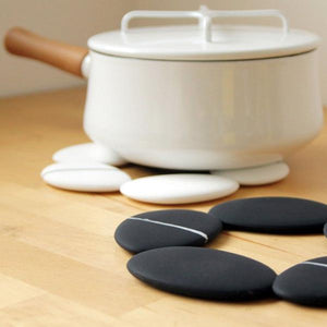 PEBBLE Trivet (White)