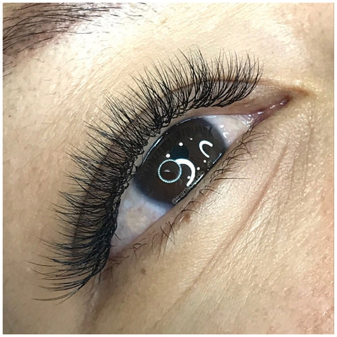 Sassy Russian volume lash extensions at Tham Vo Studio