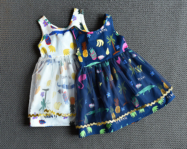 Girls Fashion Sleeveless Cartoon Mesh Princess Skirt