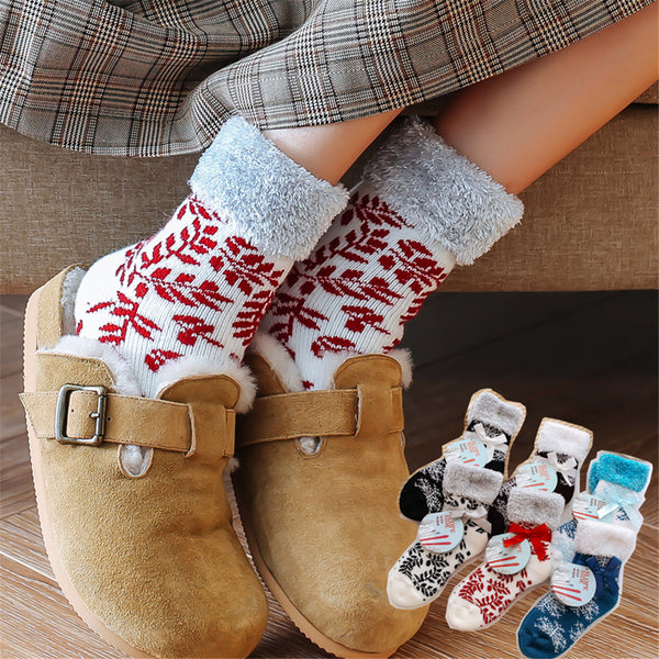 Women 3-Pairs Snowflake Warm Socks Sets Accessories Wholesale