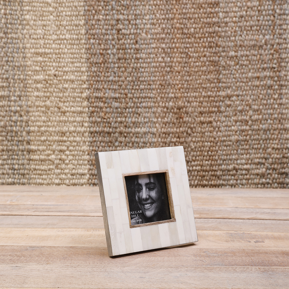 Natural White Bone Photoframe 4x4