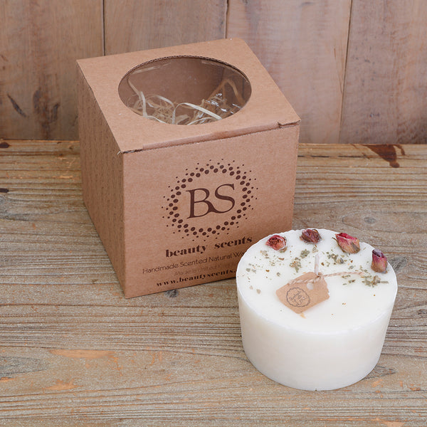 Champagne & Roses Scented Natural Wax Candle with Rose Buds