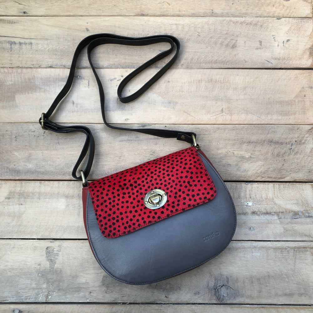 Red Spot/Grey Bag