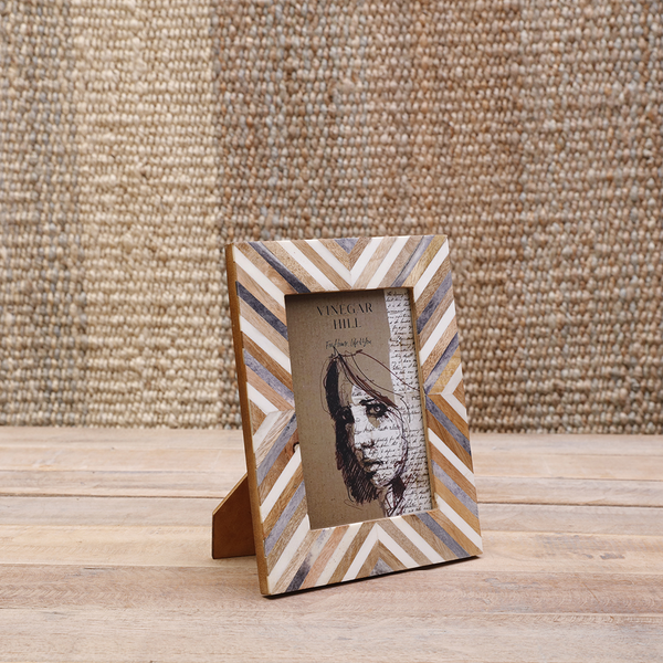 White/Grey Bone Chevron Photoframe 5x7