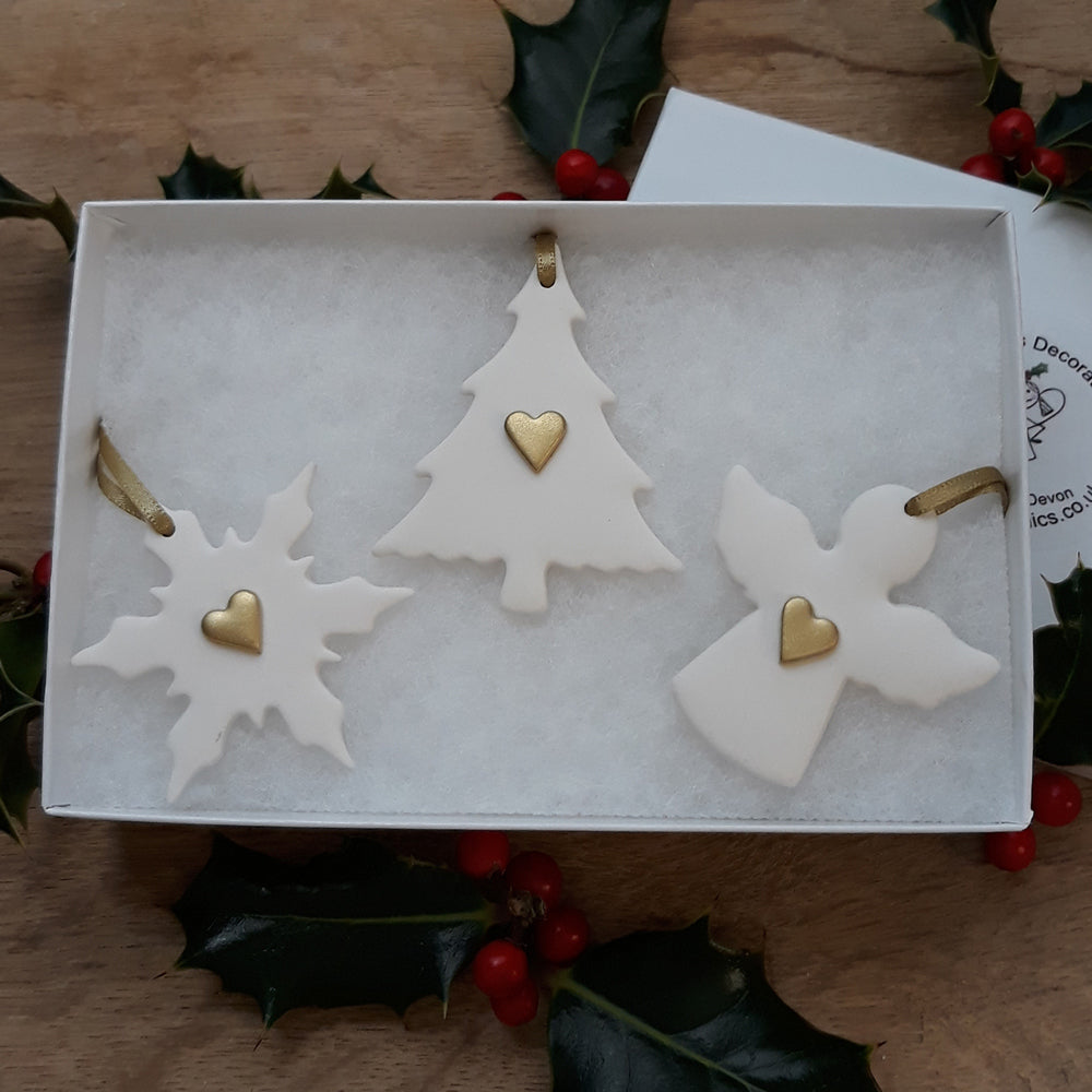 Set Of 3 Tree Decorations with Gold Hearts