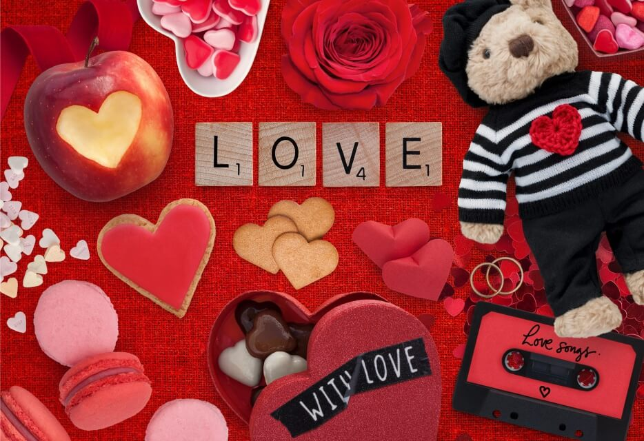 VALENTINE PUZZLE LOVE MIXED TAPE HEART MACAROON MICROPUZZLE