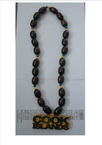 Cook Islands necklace with wooden beads