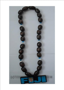 Fiji necklace with wooden beads