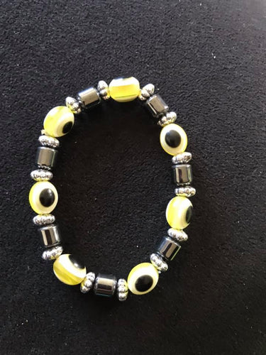 Evil eye bracelet-Yellow. One size fits all.