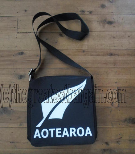 New Zealand / Kiwi. NZ Fern Shoulder bag-Large