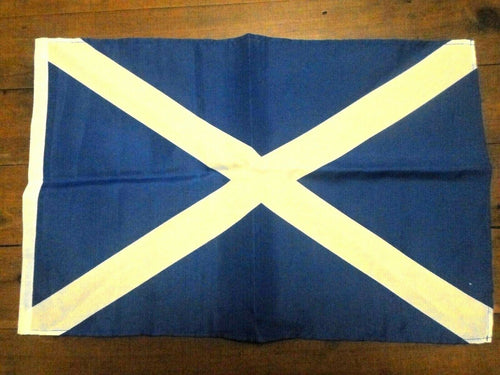 SCOTLAND ST ANDREWS Flag Handwaver size. 30 cm x 45 cm without stick. Second 2