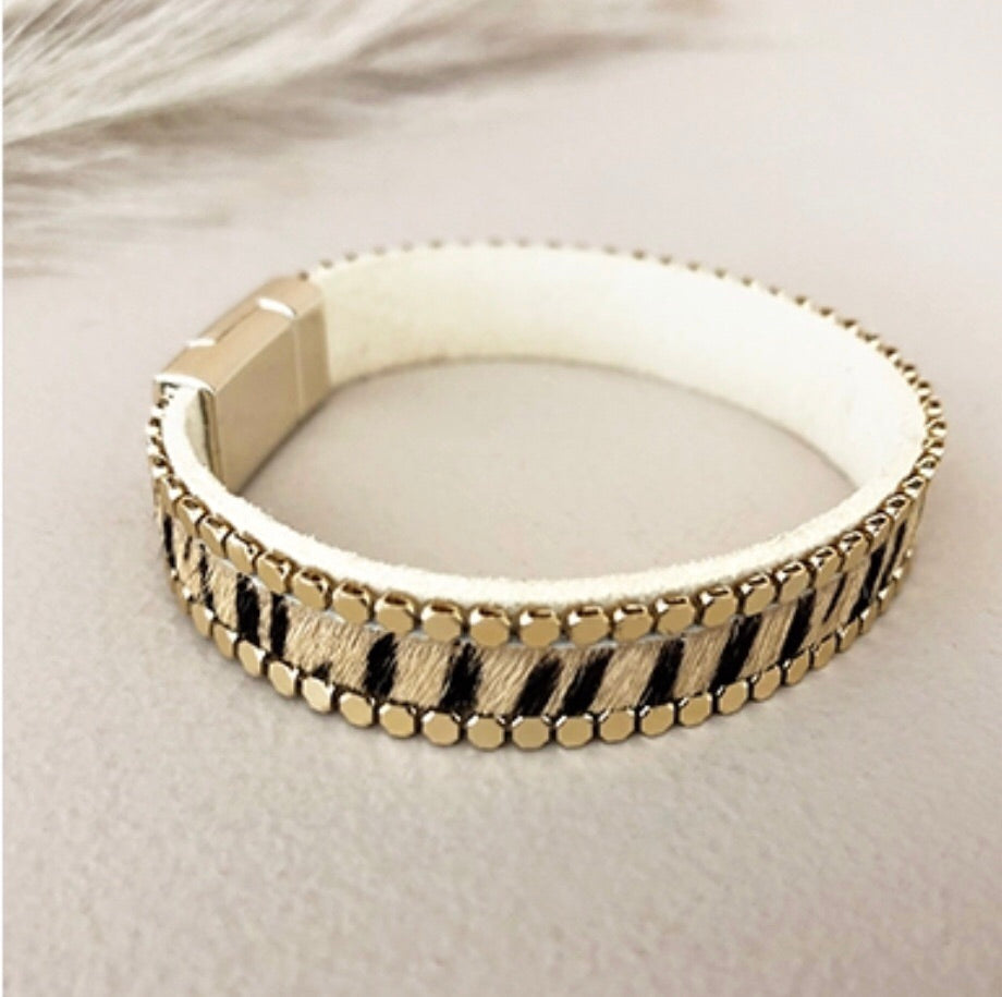 Animal Print Leather Cuff Camel/Black