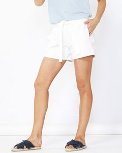 Betty Basics Alex Stretch Denim Shorts Denim/White